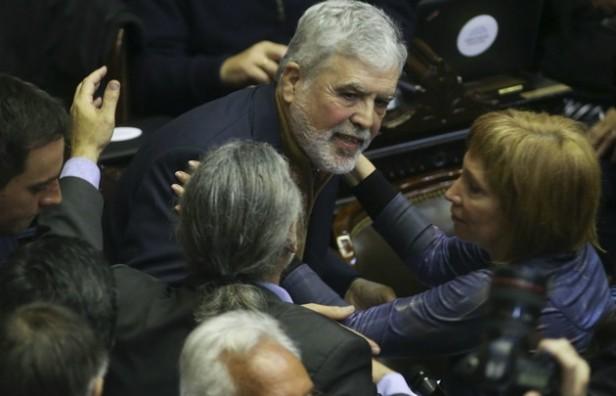 No pudieron expulsar a De Vido y el ex ministro de Planificación Federal seguirá en su banca
