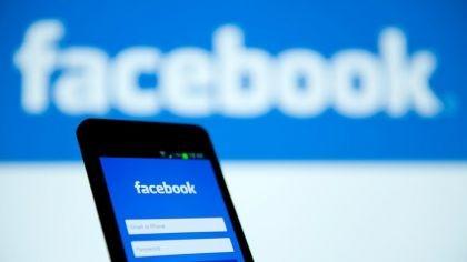 Facebook en crisis: se desplomaron sus acciones y por primera vez pierde usuarios en todo el mundo