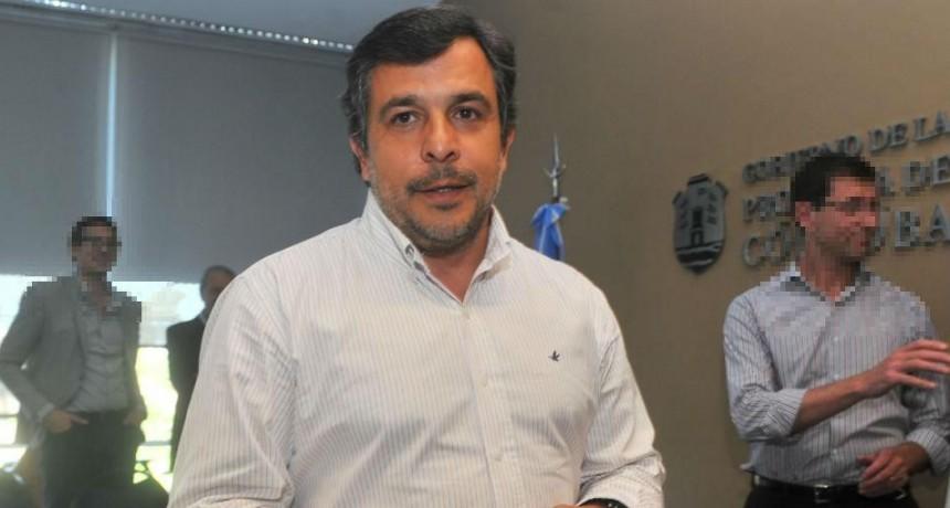 El secretario de Seguridad de Córdoba denunció a su padre y tomó licencia