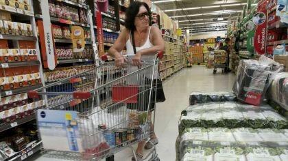 La inflación alcanzaría al menos 30% en 2018