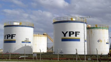 Estatización de YPF: la justicia de EEUU falló a favor de un fondo buitre