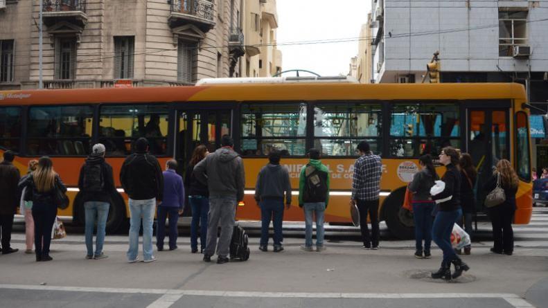 Transporte urbano: no hubo acuerdo y hay paro este viernes en Córdoba