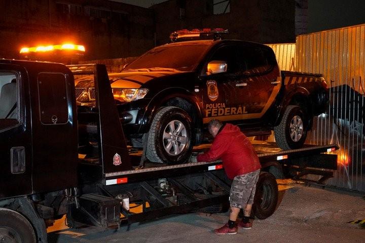 Asaltan aeropuerto y se llevan 750 kilos de oro en Brasil