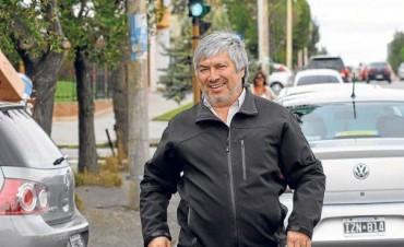 El diario de Lázaro Báez adeuda seis meses de alquiler y traslada su imprenta a un galpón