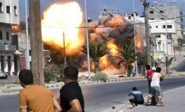 Israel bombardea Gaza por la muerte de ayer de un chico de cuatro años a causa de un mortero