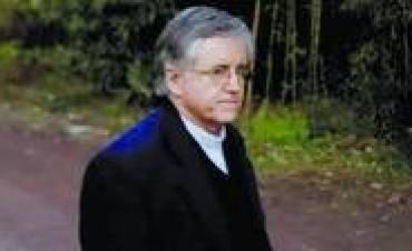 Revés para Grassi: ratifican que irá a juicio por malversación de fondos de la Fundación