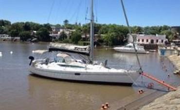 Suman otro avión a la búsqueda del velero desaparecido en Brasil