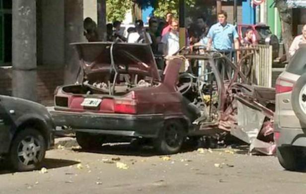 Explotó un auto en plena vía pública en barrio General Paz