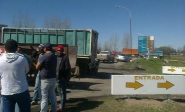 Cañeros vuelven a cortar rutas en el sur de Tucumán