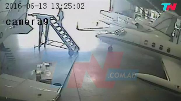 Investigan si José López quiso huir en una avioneta vinculada a Lázaro Báez
