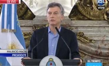 Mauricio Macri anunció el reintegro de fondos a las obras sociales y un Plan Universal de Salud