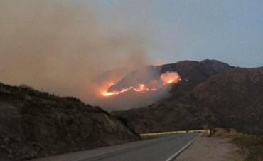 Incendio descontrolado en Potrero de los Funes