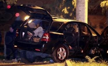 Hallan muerta a balazos a una pareja de médicos dentro de una camioneta en La Plata