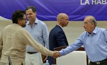 Colombia y las Farc firmaron un histórico acuerdo de paz