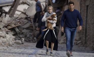 Un infierno: ahora suben a 247 los muertos por el tremendo sismo en Italia