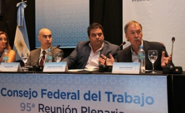 Schiaretti dijo que en Córdoba se pagan las jubilaciones más altas del país
