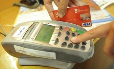 La pelea con Visa puede golpear a las tarjetas regionales y al consumo