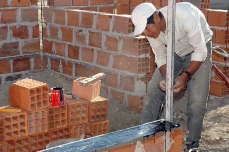 La construcción logró un crecimiento de 17% en junio