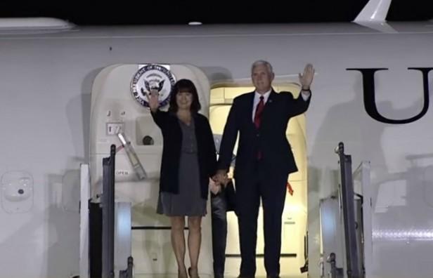 El vicepresidente de Estados Unidos llegó a Argentina para ser recibido por Macri