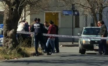 Un hombre asesinó a dos compañeros de trabajo en un supuesto ataque de ira