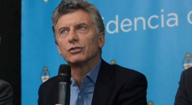 Macri echó a dos funcionarios tras la marcha del CGT