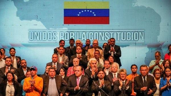 La oposición de Venezuela anunció su apoyo a las sanciones de Estados Unidos contra el régimen Nicolás Maduro