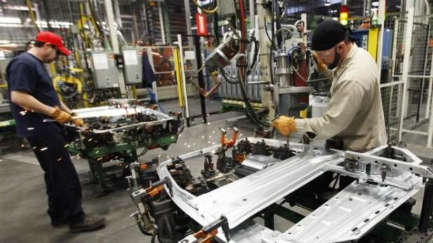 La actividad industrial acumuló en julio 3 meses de alza y la construcción cinco