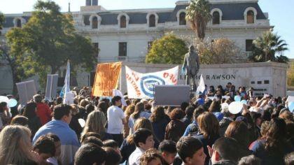 Escándalo en San Juan por el aborto de una chica de 14 años discapacitada y abusada