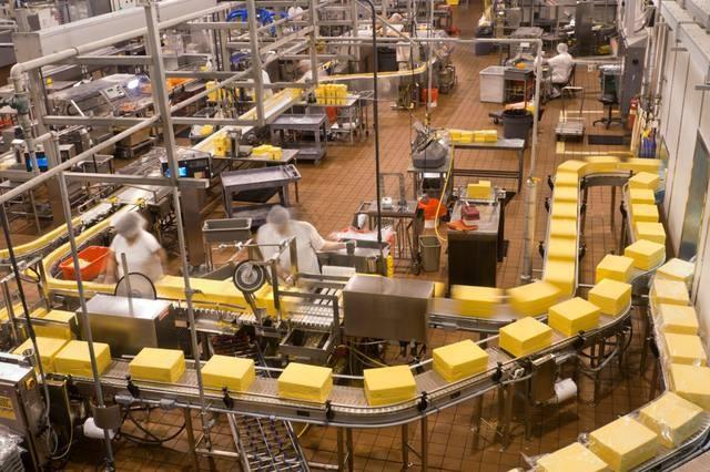 Fuerte caída de la producción industrial: 8,1% en junio