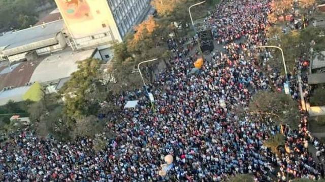 Miles de personas marcharon contra el aborto en el país