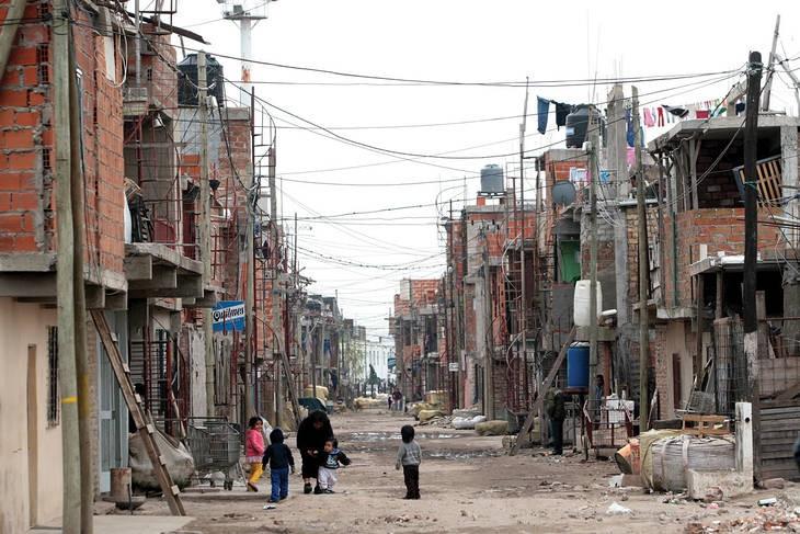 La mitad de la población no tiene acceso al gas, el agua corriente o las cloacas
