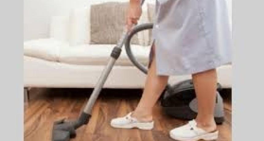 Empleadas domésticas: la escala salarial que rige desde hoy