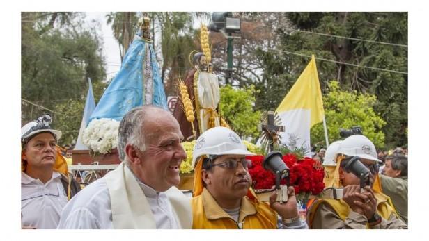 Fiesta del Milagro. Peregrinos de la Puna, testimonios vivos de fe