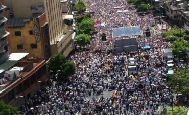 Histórica marcha opositora contra el chavismo