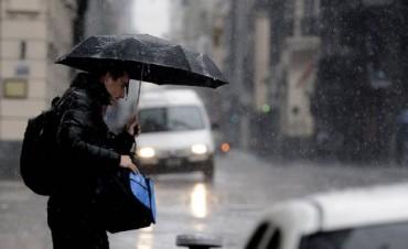 Alerta por tormentas fuertes a toda la provincia