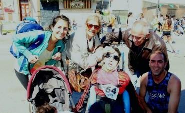 Ganó un maratón en silla de ruedas