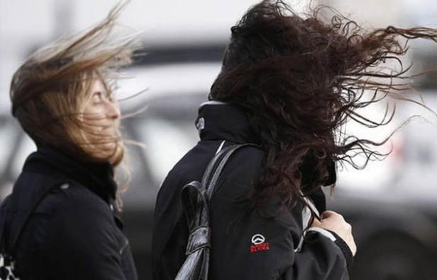 El SMN prevé intensas ráfagas de viento