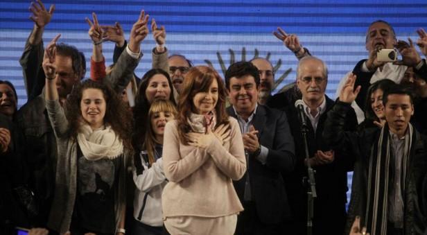 Bonadio unificó las causas contra Cristina por el encubrimiento del atentado a la AMIA