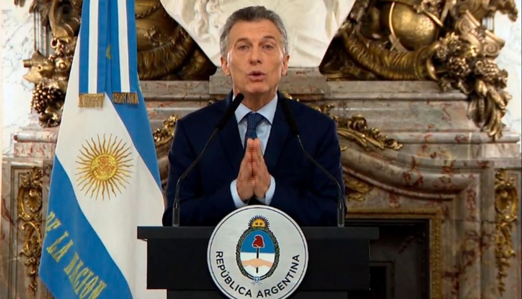 Macri anunció más impuestos a las exportaciones
