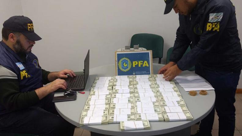 Surrbac: encontraron 400 mil dólares en una caja de seguridad