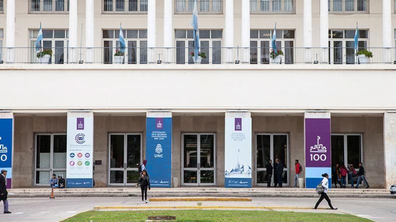 La Universidad Nacional de Córdoba aprobó el uso del lenguaje inclusivo