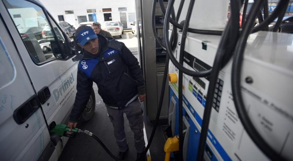 El Gobierno analiza descongelar las naftas