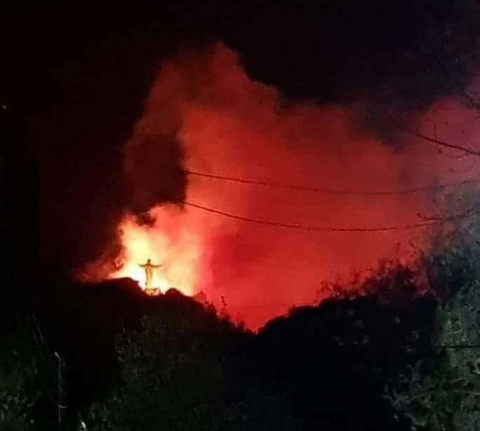 El fuego no da tregua y arrasa en La Cumbre