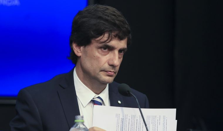 Lacunza rechazó riesgos de un corralito: