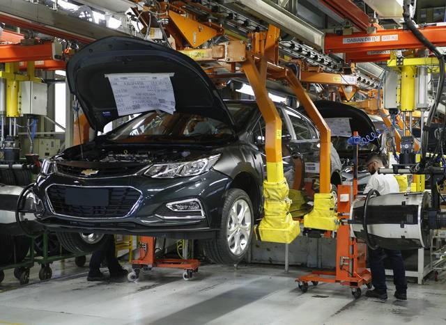 Argentina y Brasil cierran un nuevo acuerdo automotriz