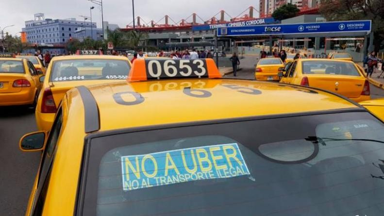 Se aprobó el aumento en el valor de las multas para choferes de Uber