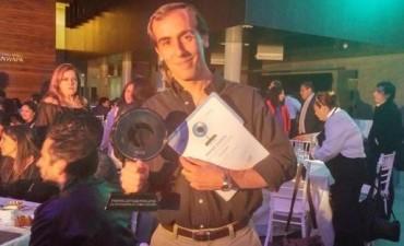 Premian a dos periodistas por la investigación que reveló los negocios entre los Kirchner y Lázaro Báez