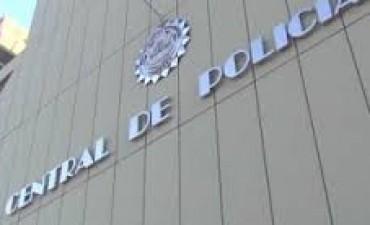 Se fugó un preso en Córdoba y separaron a cinco policías