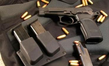 Dos Comisarios presos por el robo de pistolas