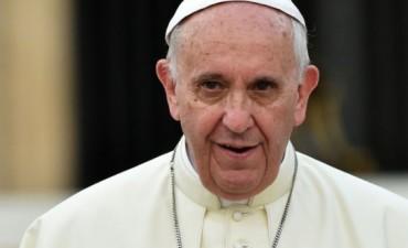 Elogios del Papa para María Eugenia Vidal y Carolina Stanley